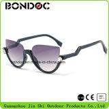 Óculos de sol clássicos plásticos do melhor desenhador (C014)