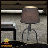 De nieuwe Moderne Decoratieve Lampen van het Bureau van het Bed van het Hotel (kamt5239-B)