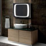 La salle de bains Fogless DEL câblée d'hôtel a allumé le miroir de support de mur
