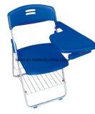 Lächelnder Studien-Falz-Stuhl mit Tablette und Bookraft für Optionen (LL-0020)