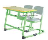 Bureau réglable d'école de peinture d'écriture de retrait de hauteur multifonctionnelle (NS-XY023B)