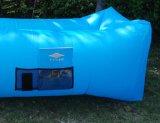Populärer Nylonhängematten-einzelner Mund-aufblasbares Luft-Sofa-Schlafenbett (L026)