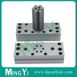 Le bouton de carbure de tungstène meurent avec des pièces en métal