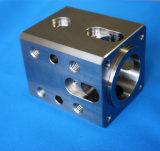 Peça automotriz da máquina do CNC do alumínio da precisão feita sob encomenda do ODM
