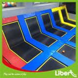 Parque interno do Trampoline do Trampoline/comercial do uso