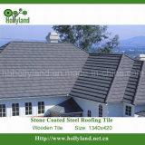 Telha de telhado do metal com as microplaquetas de pedra revestidas (telha de madeira)