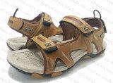 Sandalo piano di estate esterna degli uomini nel nuovo disegno (RF16057)