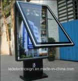 アルミニウムフレームのライトボックスを広告するLED