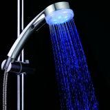 Cor do controle de temperatura da água que muda o chuveiro da mão do diodo emissor de luz