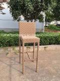 Cadeira sintética de venda quente da barra elevada do Rattan do projeto novo usando-se para o jardim /Bar