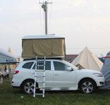 黒いシェルSUV車のためのカーキ色ファブリック屋根の上のテント