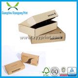 Regalo de encargo del papel acanalado de la talla que envía entregando el rectángulo de empaquetado