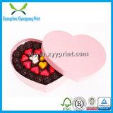 Boîte en forme de coeur vide faite sur commande à chocolat avec la bande