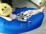 Un bâti d'air gonflable gonflable s'ouvrant de sofa de bâti d'air de sofa de Laybag de lieu de visites en nylon de Ripstop Lazybag