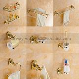 An der Wand befestigte goldene Badezimmer-Zubehör