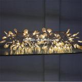 Il Heracleum decorativo dell'anello dei fiocchi di neve di natale lascia il lampadario a bracci del LED per la cerimonia nuziale e la sala da pranzo dell'hotel