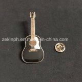 Insignes Shaped de Pin de guitare faite sur commande