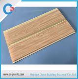 250*7mm panneaux de mur moyens de PVC de cannelure de plafond de PVC de 10 pouces