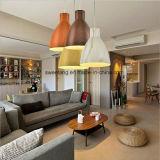 Lampe pendante de lustre de lumière de pièce de dîner avec la couleur en bois