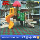 Mattonelle di gomma riciclate di sicurezza del campo da giuoco, mattonelle di gomma quadrate di sport sotto la superficie piani