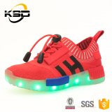 2016 아이 형식 신발 스포츠 단화 중국 공장이 최고 판매 과료 질 빛에 의하여 LED 구두를 신긴다