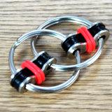 Anelli poco costosi Anti-Stress del filatore del nuovo di disegno dell'anello chiave di irrequietezza giocattolo del filatore
