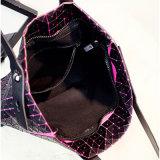 실리카 젤 검정 마름모꼴 지퍼 핸드백 (A0116)