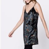 Form-Frauen-Freizeit-loser V-Stutzen gedrucktes Backless Beleg-Kleid