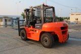 6ton diesel Vorkheftruck met Automatische Transmissie en Isuzu Motor 6bg1, Ingenieur Beschikbaar aan de Dienst overzee