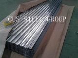 La azotea revestida del metal del cinc que cubría/acanaló la placa de material para techos galvanizada