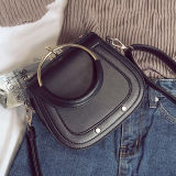 긴 결박 Sy8400를 가진 반지 손잡이 여자 Crossbody 원형 부대를 가진 새로운 디자인 형식 숙녀 핸드백