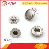 Декоративная глянцеватая кнопка легирующего металла цинка