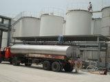 Grande tanque de armazenamento do petróleo
