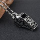 Juwelen van de Halsband van het Roestvrij staal van het Titanium van de Tegenhanger van het Fluitje van de Mensen van de manier Retro