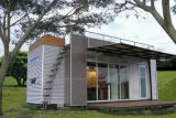 Casa do contentor do projeto moderno para o feriado
