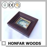 Frame de retrato antigo da madeira contínua de Brown para o europeu