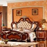 Klassisches Schlafzimmer-Set mit antikem Bett und Garderobe (W815A)
