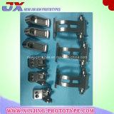 Prototipi di macinazione dei materiali della plastica e del metallo di CNC