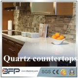 Partie supérieure du comptoir accessibles de quartz avec la taille personnalisée