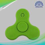 2do Hilandero plástico de la persona agitada del altavoz de la mano del dedo del juguete LED de la generación