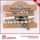 De kleurrijke Vastgestelde Armband van de Juwelen van Parels 3PCS met Hangende het Metaal van de Legering