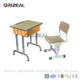 Mobília flexível preliminar da sala de aula para a tabela e a cadeira dos estudantes