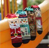Носок лодыжки отрезока низкого уровня о картинах рождества