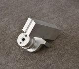 De Legering van het aluminium CNC die Delen met het Zilveren Anodiseren, Douane machinaal bewerkt maakt