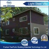 Casa prefabricada de acero del chalet del panel de emparedado de 2 suelos para la casa de la familia