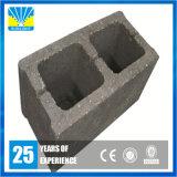 Aufbau Materil konkreter hohler Ziegelstein, der Maschinerie herstellt