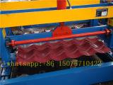 機械を形作る古風にされた艶をかけられたタイルロール