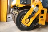 6 톤 가득 차있는 유압 타이어에 의하여 결합되는 진동하는 도로 쓰레기 압축 분쇄기 (JM206H)