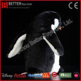 高品質の現実的で柔らかいおもちゃのぬいぐるみのプラシ天のペンギンのおもちゃ
