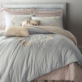 アパートホテルの100%年の綿の贅沢は寝具セットを刺繍した